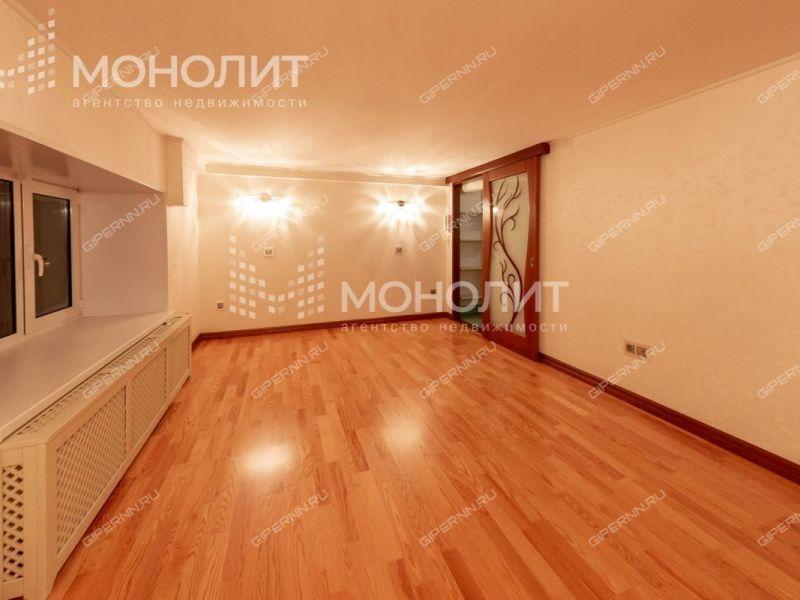 трёхкомнатная квартира на улице Невзоровых дом 87