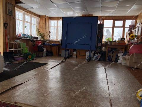 dom-derevnya-koposovo-ul-kima-d-197 фото