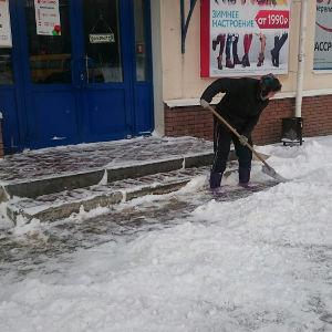 Подрядчики начали убирать дороги по заявкам в группе «Антиснег-Нижний Новгород» - фото