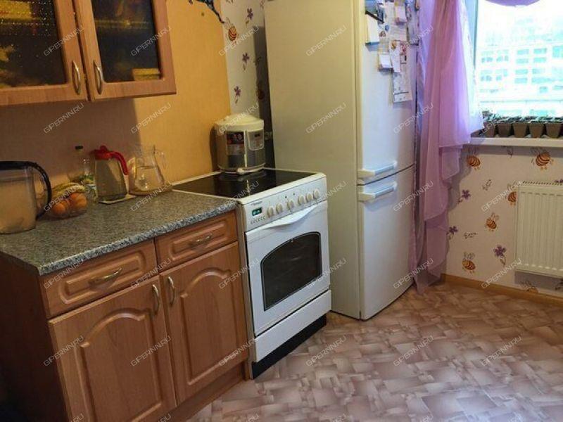 комната в доме 9 на улице Островского