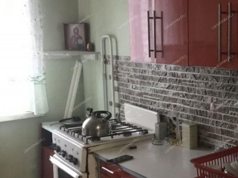пятикомнатная квартира в 2-м микрорайоне дом 24 город Бор