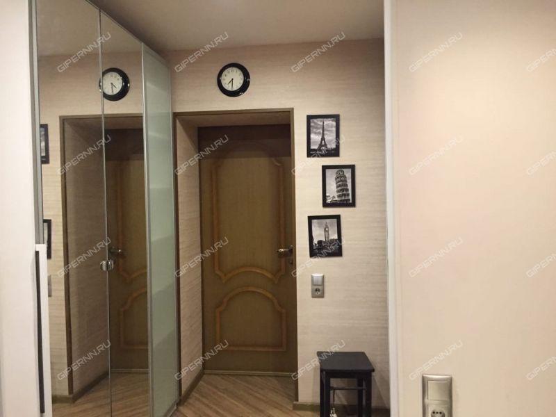 комната в доме 3 на улице Страж Революции
