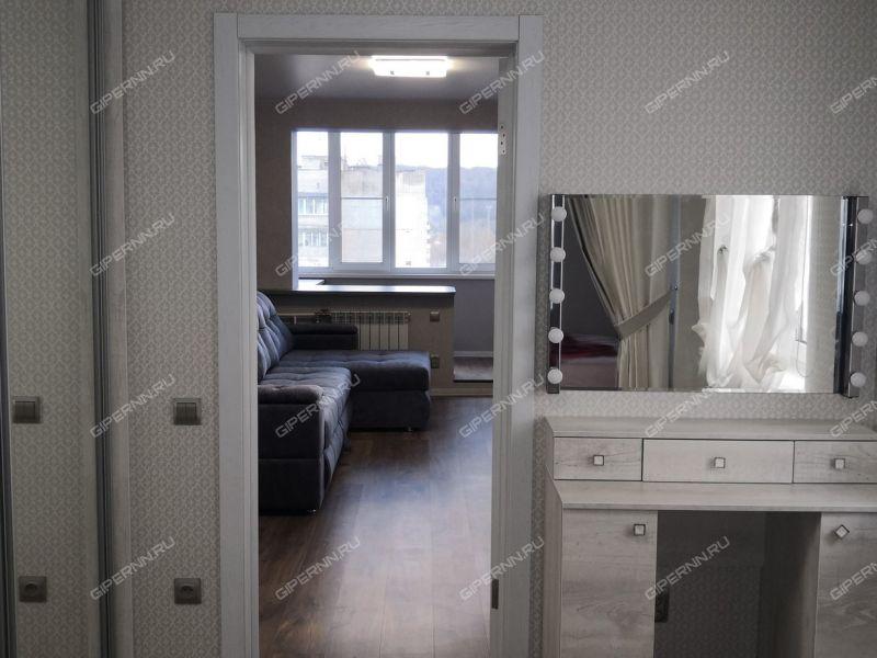 четырёхкомнатная квартира на улице Адмирала Макарова дом 5