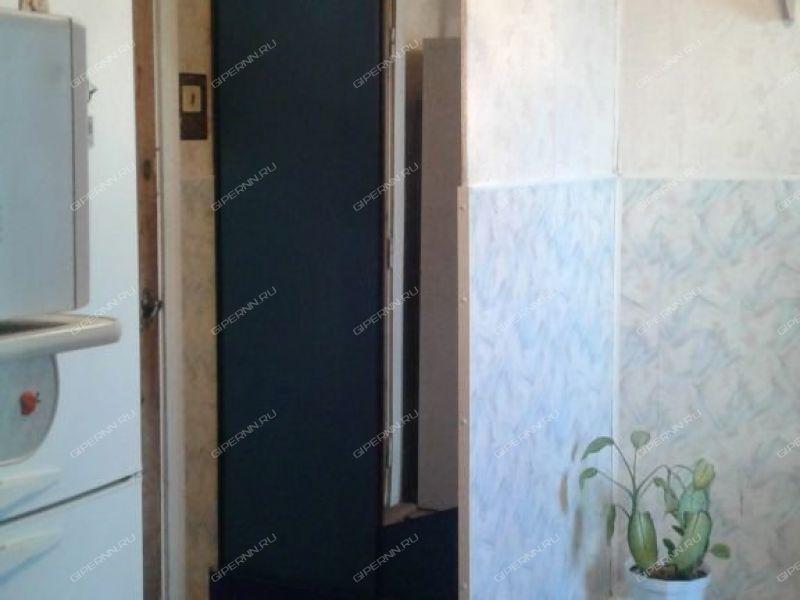 комната в доме 15а на улице Молодёжная город Дзержинск